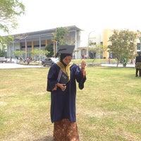 Photo taken at Universiti Teknologi MARA (UiTM) by fatiyah h. on 10/21/2017