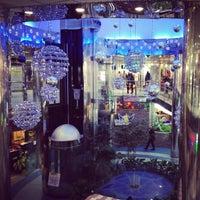 Снимок сделан в ТЦ «Метроград» пользователем Alex A. 12/23/2012