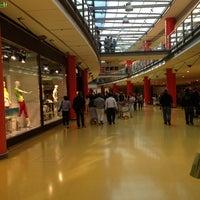 Foto scattata a Centro Commerciale Vulcano Buono da Alessandro I. il 5/26/2013