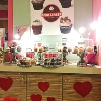 Photo taken at Smallcakes Cupcakery - Raleigh by Shaghayegh P. on 1/16/2017