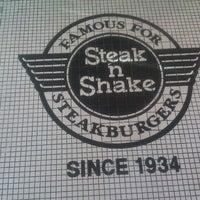 Photo prise au Steak 'n Shake par Richard S. le10/20/2012