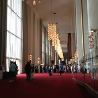 Foto tirada no(a) The John F. Kennedy Center for the Performing Arts por Rick T. em 7/13/2013