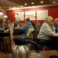 Photo taken at Bob Evans Restaurant by Lindy S. on 12/20/2012