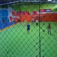 Photo taken at Futsal 35 by C K. on 12/29/2013