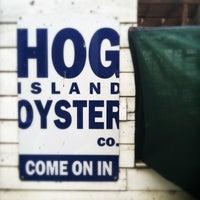 Foto tirada no(a) Hog Island Oyster Farm por Jeff B. em 6/16/2013