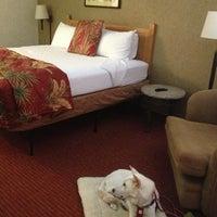 Photo taken at Caliente Tropics Resort Hotel by Dee C. on 8/24/2013