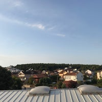 Photo taken at Güneş Apart Otel by Suleyman I. on 8/13/2017