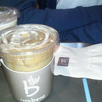 Photo taken at Caffé bene by Sunyoung K. on 8/24/2011