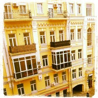 Снимок сделан в Готель Козацький / Kozatskiy Hotel пользователем Andrei B. 8/30/2012