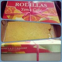 Photo taken at Rodillas Yema Cake by Melvin L. on 2/25/2014