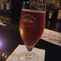 Das Foto wurde bei Caledonia Bar von Aneesh S. am 5/17/2013 aufgenommen