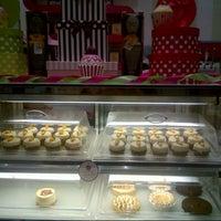 Photo taken at Hey Sugar Bakeshop by Heba Abo Zaid on 6/18/2013