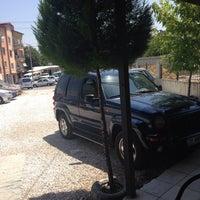 Photo taken at üçoklar otomotiv by Ufuk Gönülel on 7/5/2014