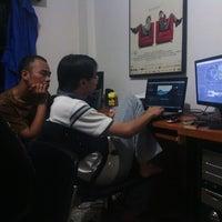 Photo taken at Story Lab Sekolah Film - Bandung by Asywal B. on 12/23/2012