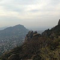Foto tomada en El Cerro del Tepozteco por Gustavo Abel el 1/20/2013