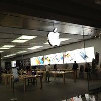 Photo taken at Apple Polaris Fashion Place by Travis S. on 6/30/2013