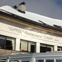 Das Foto wurde bei Gipfel Restaurant Cima von Giovanni Daniel Z. am 1/4/2013 aufgenommen
