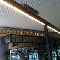 11/21/2013 tarihinde Ozlem S.ziyaretçi tarafından Tom's Kitchen'de çekilen fotoğraf