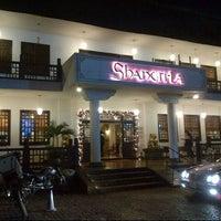 Foto tomada en Shangri-La por Jorge C. el 12/9/2012