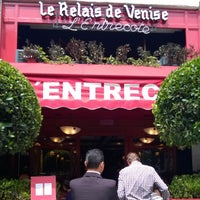 Foto tirada no(a) L'Entrecote por Agustin A. em 10/5/2014