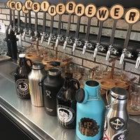 Foto tomada en Breakside Brewery por Lisa H. el 7/3/2017