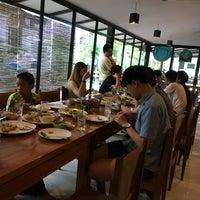 Photo taken at ร้านอาหารคุณดำ by Monthicha A. on 3/5/2017