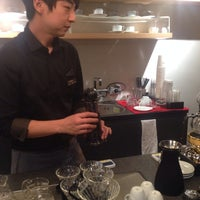 Photo taken at LUSSO Barista LAB by 예의바른 림유난 on 10/24/2013