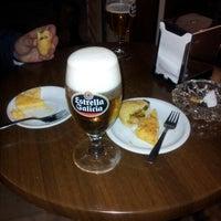 Photo taken at Cafetería Niza by Pablo F. on 12/11/2012