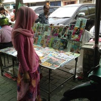 Photo taken at Kios Koran Dan Majalah Depan Brastagi Psr Buah Jln Wazir by Hanafie H. on 4/1/2013