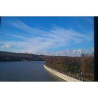 10/30/2013 tarihinde Anzhelika E.ziyaretçi tarafından Vorobyovy Gory'de çekilen fotoğraf