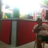 Photo taken at Lanche do olhinho by Alexandra C. on 8/17/2013