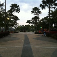 Photo taken at Taman Layang-Layang (Kite Flying) Kepong by RazIzzuddin on 1/27/2013