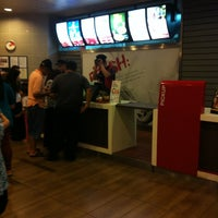Photo taken at KFC by RazIzzuddin on 7/25/2013