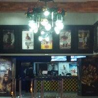 Foto tomada en Súper Cines La Cascada por Mariagabriela C. el 1/9/2013