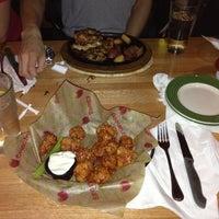 Photo taken at Applebee's Neighborhood Grill & Bar by Nicole W. on 3/27/2013