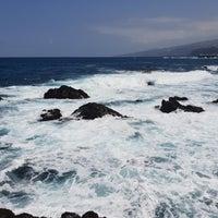 Photo taken at Puerto de la Cruz by Jeroen M. on 9/1/2018