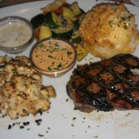 Photo taken at Bonefish Grill by Kelley on 7/14/2013