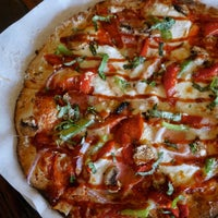 lit pizza pizza place