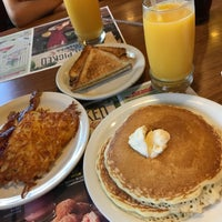 Photo taken at Denny's by ナギサ ち. on 8/24/2017