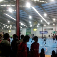 Photo taken at Planet Futsal Yogyakarta by Erfan Abdissalam on 3/29/2013