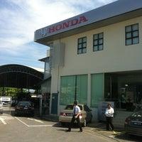 Photo taken at Honda 3S Center (Jimisar Corporation Sdn Bhd) by ZULDILAH on 3/20/2013