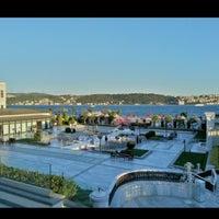 3/5/2013 tarihinde Kerimziyaretçi tarafından Four Seasons Hotel Bosphorus'de çekilen fotoğraf