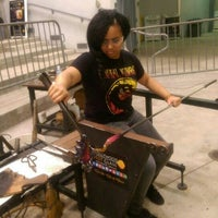 Photo taken at Hollywood Hot Glass by Kendra C. on 1/3/2016