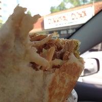Das Foto wurde bei Burrito Boyz von Paul V. am 8/5/2013 aufgenommen