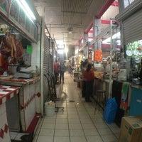 Foto tomada en Mercado de Santa Tere por Mario E. el 2/2/2013