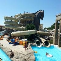 7/7/2013 tarihinde Ali B.ziyaretçi tarafından Troy Aqua Park'de çekilen fotoğraf