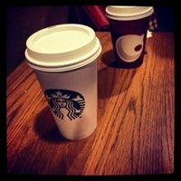 Photo prise au Starbucks par Alexander F. le1/4/2013