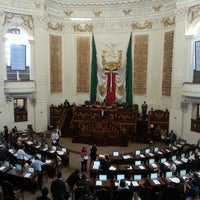 Photo taken at Asamblea Legislativa del Distrito Fedral by Gabriela H. on 4/10/2013