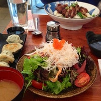 Photo taken at Hare & Tortoise by Parmis F. on 6/7/2013