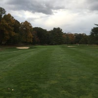 Photo taken at Oak Hills Park Golf Course by Robert C. on 10/18/2014